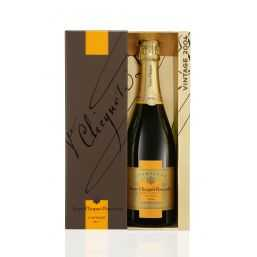 Veuve Clicquot Ponsardin Vintage Brut 2004 75cl (Gift Packaging)