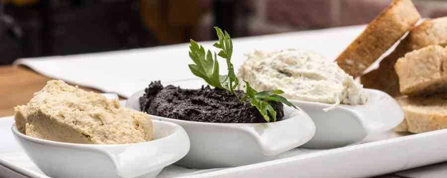 Op zoek naar ronde Rauwkostpotten of ronde Saladebakken met deksels? -Horecavoordeel.com-